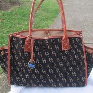 Dooney & Bourke travel tote bag